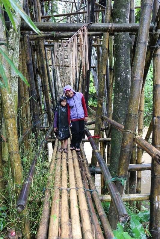 Jembatan bambu di Tanah Adat Baduy