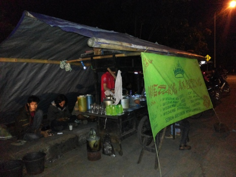 Angkringan (coffee and snack stall)