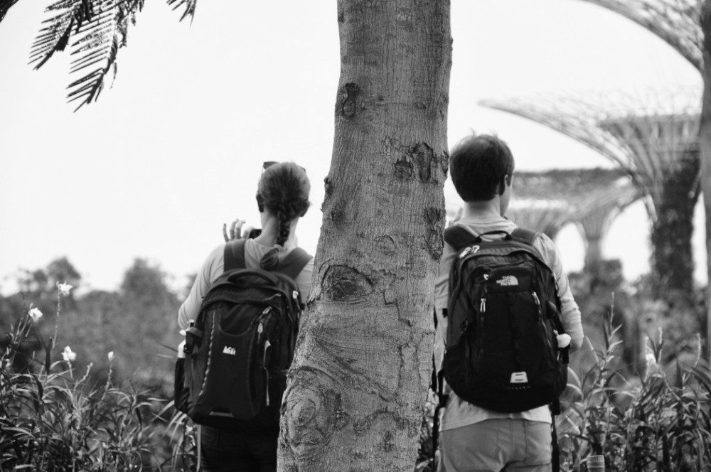 Couple tourist_BW